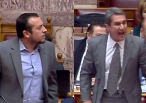 Χάος στη Βουλή - Απίστευτος καυγάς Λοβέρδου - Παππά για τις τηλεοπτικές άδειες (vid)