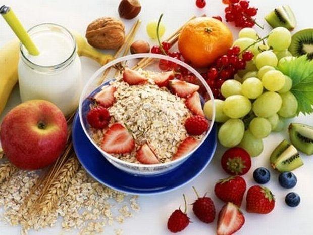 Γιατί όσα ξέρουμε για τη διατροφή ανατρέπονται συνεχώς; Τι είναι τελικά «σωστό»;