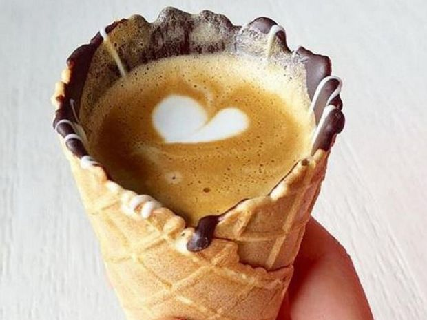 Ο «καφές σε χωνάκι» είναι η νέα μόδα που ξετρέλανε το διαδίκτυο! (photos)