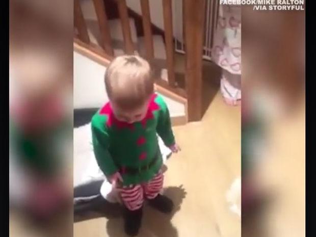 Μαγικό! Τα Χριστούγεννα μέσα από τα μάτια ενός παιδιού! (video)