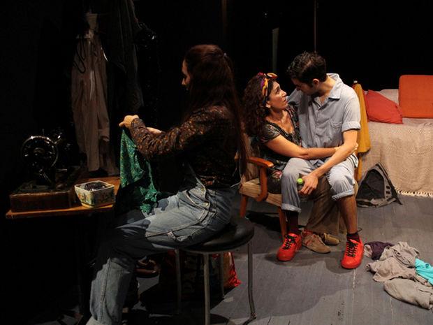 """Η """"Οικογένεια Κόλεμαν"""" επιστρέφει στη Β' Σκηνή του Θέατρου Κεφαλληνίας"""