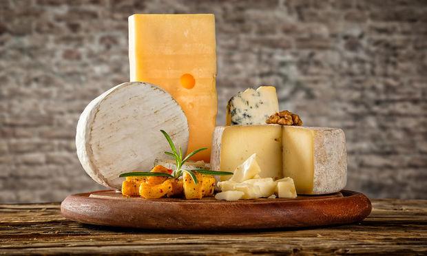 Το τυρί - υπερτροφή που συμβάλλει στη μακροζωία