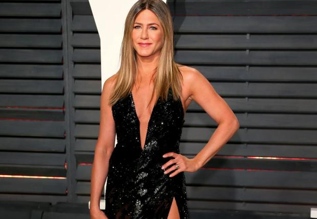 Ώρα να εθιστείς στο workout της Jennifer Aniston για γυμνασμένα χέρια