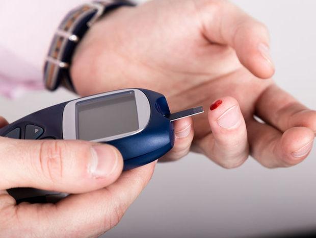 Υψηλό σάκχαρο στο αίμα: 5 απλές διατροφικές αλλαγές για να το μειώσετε (φωτο)