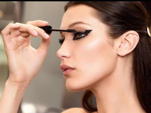 Η άλλη χρήση του mascara που δεν ήξερες και θα σε ενθουσιάσει