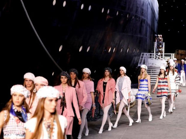Ο οίκος Chanel δημιούργησε ένα ολόκληρο κρουαζιερόπλοιο αυτή τη φορά για την Cruise 2019