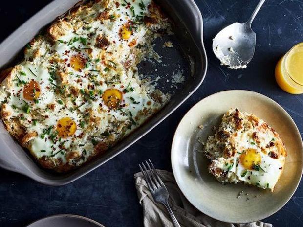 Αυγά στον φούρνο με τυρί ricotta
