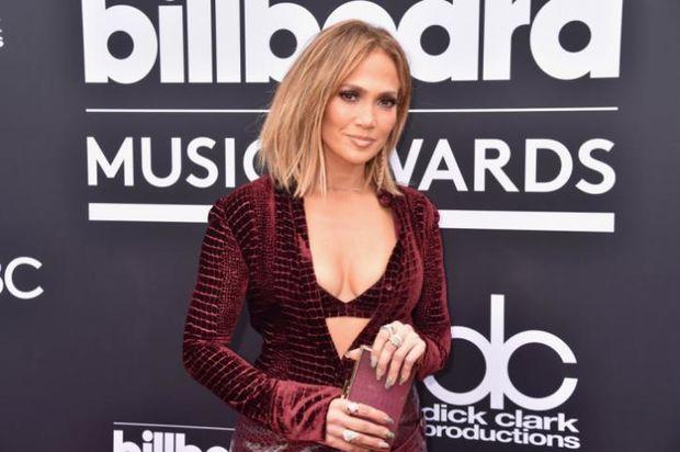 Jennifer Lopez, θα σταματήσεις ποτέ να είσαι τόσο γ@%_$η;
