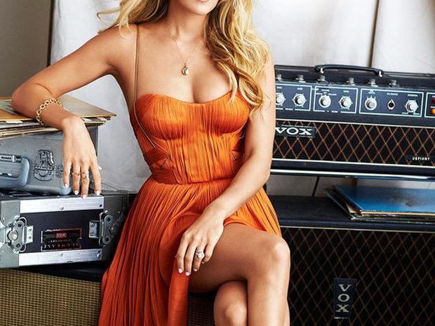 Baby boom alert: Η διάσημη τραγουδίστρια μετά την περιπέτειά της, είναι έγκυος σε δίδυμα