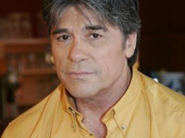 Επανεμφάνιση του Πάνου Μιχαλόπουλου - Δείτε πώς είναι στα 69 του χρόνια