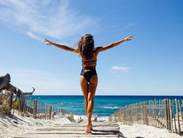 Οι πιο αποτελεσματικές ασκήσεις για γλουτούς με ψηλά το κεφάλι