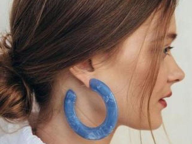 Το νέο trend στα σκουλαρίκια που πρέπει να δοκιμάσεις αυτό το καλοκαίρι