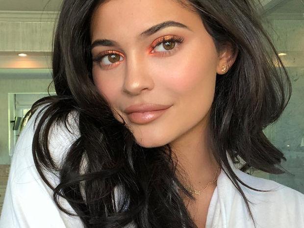 Δες τη φωτογραφία που διέγραψε η Kylie Jenner! Όλο το παρασκήνιο στην κόντρα με την Khloe
