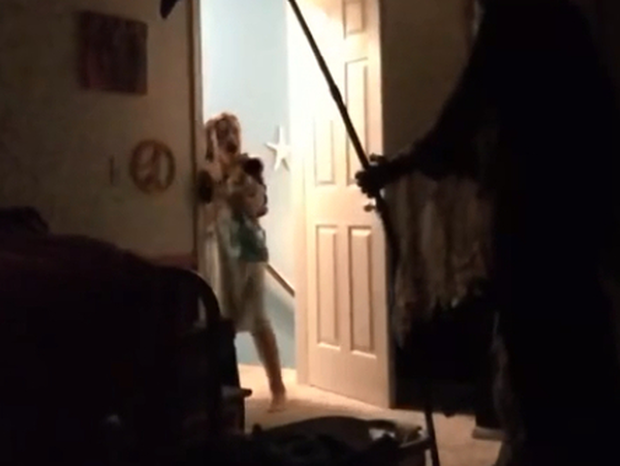 Ο χειρότερος «εφιάλτης» την περίμενε πίσω από την κλειστή πόρτα - Δείτε τι αντίκρισε