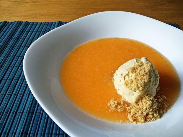 Σούπα πεπονιού με παγωτό βανίλια