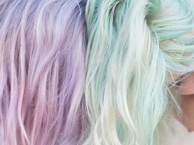 Video! Δες πως θα βάψεις τα μαλλιά σου παστέλ με κιμωλίες…