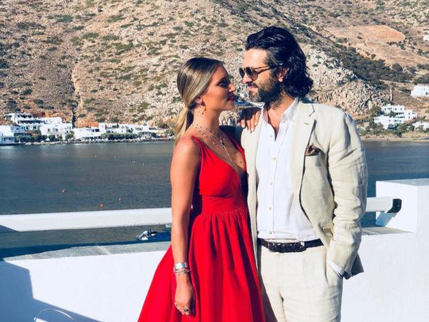 Η Αθηνά Οικονομάκου μας δίνει μία μικρή γεύση από τις προετοιμασίες του γάμου της