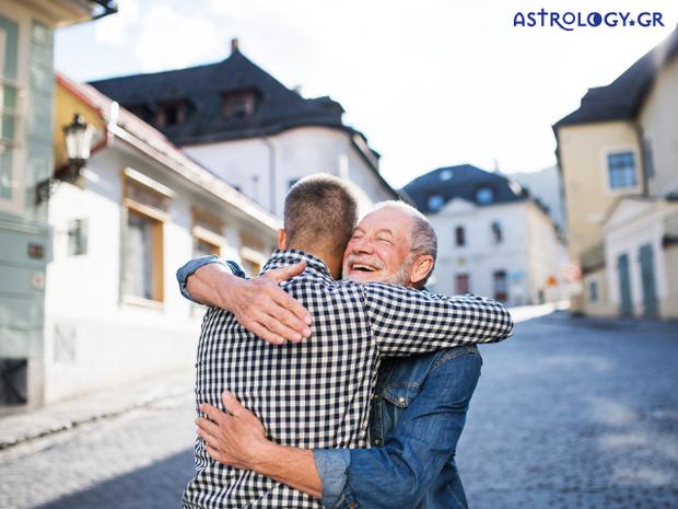 Ζώδια Σήμερα 3/10: Να αγκαλιάζεις σφιχτά αυτούς που αγαπάς!