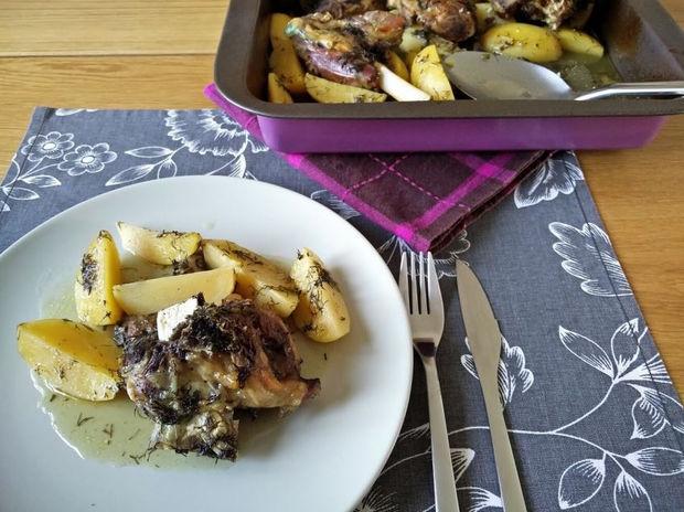 Αρνί με άνηθο και πατάτες στο φούρνο