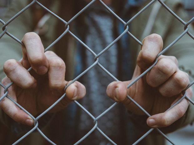 5 γρήγορες κινήσεις που πρέπει να κάνεις αν βλέπεις κάποιον μπροστά σου να δέχεται bullying;