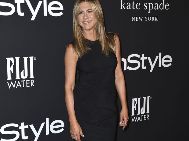 H Jennifer Aniston μπλεγμένη σε ερωτικό τρίγωνο με διάσημο ζευγάρι;