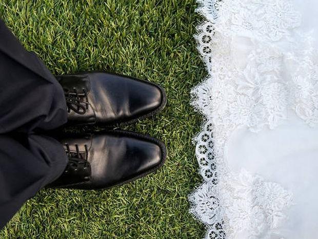 Πάτρα: Η μυστηριώδης εμφάνιση ενός άνδρα σε γάμο