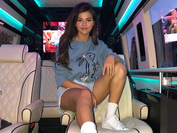 Η Selena Gomez μάλλον έχει νέο φλερτ και θα τρελαθείς μόλις τον δεις