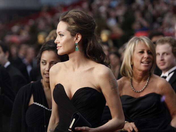 Best Oscar Dresses: 35 φορέματα που έγραψαν ιστορία στα 91 χρόνια του θεσμού