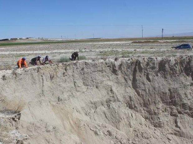 Έρχεται το τέλος του κόσμου; Ανοίγουν γιγαντιαίες τρύπες στην Τουρκία - Τι λένε οι επιστήμονες