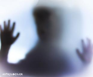 Καρκίνοι, Σκορπιοί, Ιχθύες: Αυτή είναι η «σκοτεινή» πλευρά του στοιχείου σας